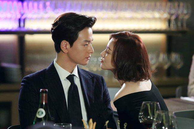 5 bài học quý giá được đúc kết từ Uncontrollably Fond của Woo Bin - Suzy - Ảnh 1.