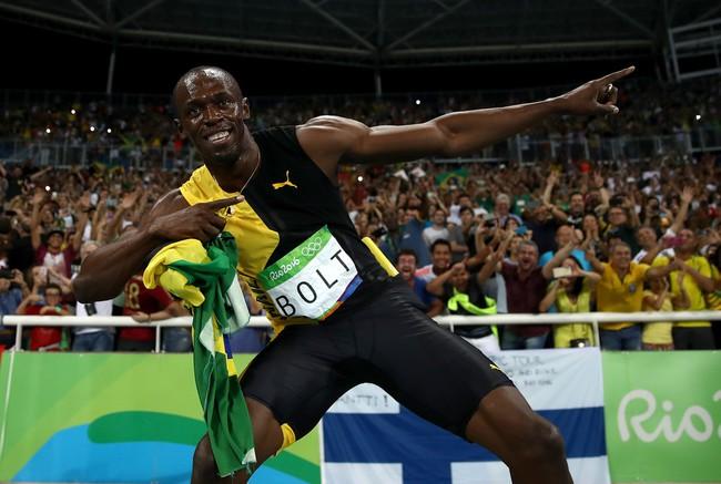 Có bạn gái nóng bỏng, Usain Bolt vẫn tranh thủ lên giường với cô sinh viên Brazil - Ảnh 3.