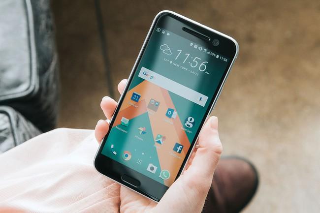 Đây là 9 chiếc smartphone sẽ làm bạn đứng ngồi không yên trong năm 2017 - Ảnh 1.