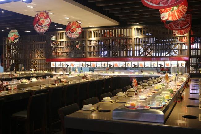 Khu ẩm thực không thể bỏ qua khi tới sân bay Tân Sơn Nhất - Ảnh 4.