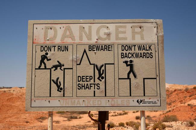 Chùm ảnh: Ghé thăm thị trấn của Úc, nơi 80% người dân sinh sống dưới lòng đất - Ảnh 5.