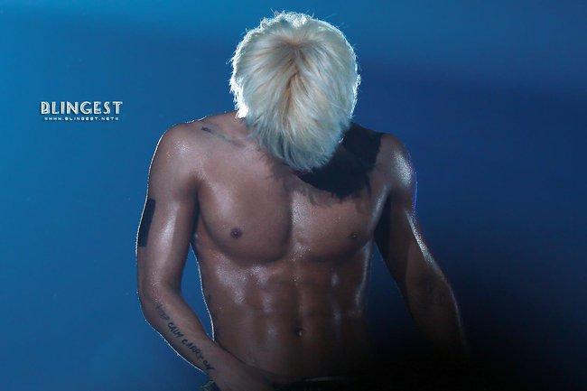 Những nghệ sĩ nam Hàn không thể ngừng phanh áo, khoe múi bụng săn chắc - ảnh 8