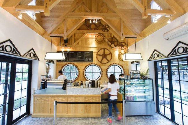 Ghé thăm nhà hàng gấu bông dễ thương tại xứ Chùa Vàng - Ảnh 5.
