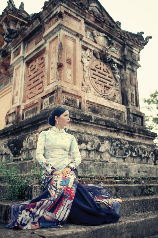 Lệ Quyên hoá gái Huế dịu dàng trong album nhạc Lam Phương - Ảnh 7.
