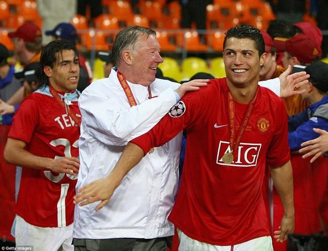 Sir Alex Ferguson chọn Ronaldo giành Quả bóng vàng 2016 - Ảnh 1.