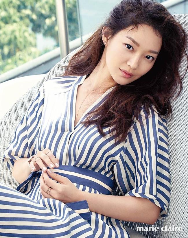 Cuộc chiến nhan sắc giữa Suzy và Seolhyun trên tạp chí: Ai đẹp hút hồn hơn? - Ảnh 20.