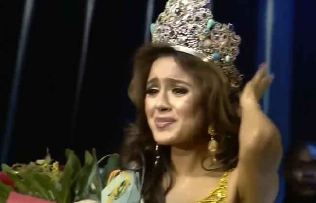 Cận cảnh nhan sắc người đẹp đã đánh bại Nam Em, đăng quang Miss Earth 2016 - Ảnh 1.