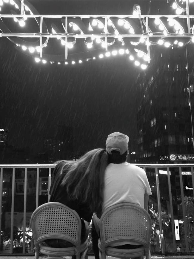 Ngắm mưa ở Sài Gòn, nhất định phải ghé 4 quán cafe này! - Ảnh 14.