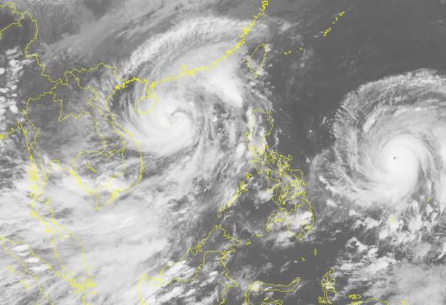 Siêu bão Haima đang hình thành nguy cơ bão chồng bão - Ảnh 1.