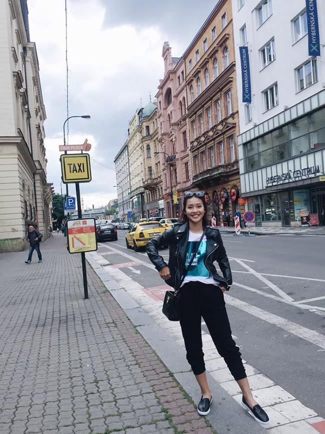 Street style: Không chỉ đẹp, các sao Việt còn đụng nhau chan chát! - Ảnh 10.