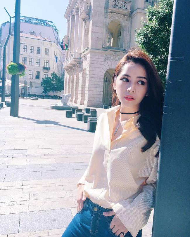 Phạm Hương diện váy xinh như công chúa, bộ đôi SNSD để lộ nội y tại sân bay - Ảnh 4.