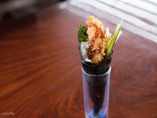 Làm sushi cuộn nấm cắn vào là giòn tan - Ảnh 11.