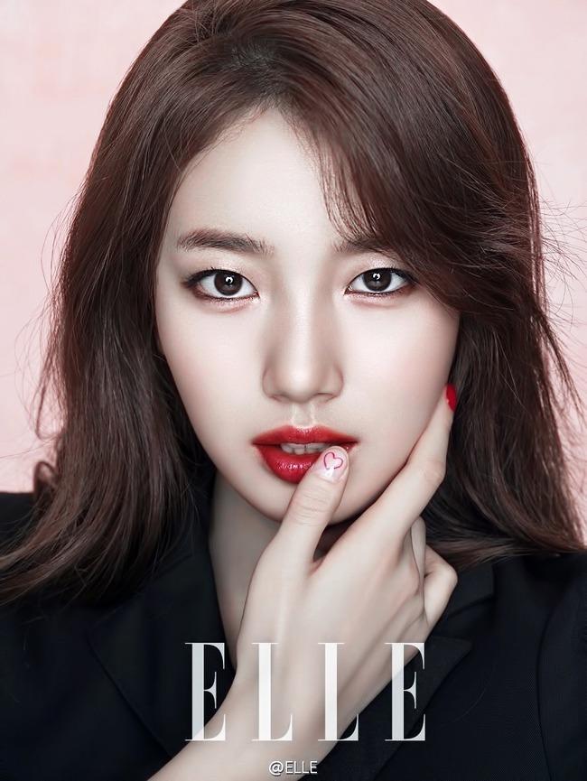 Cuộc chiến nhan sắc giữa Suzy và Seolhyun trên tạp chí: Ai đẹp hút hồn hơn? - Ảnh 1.