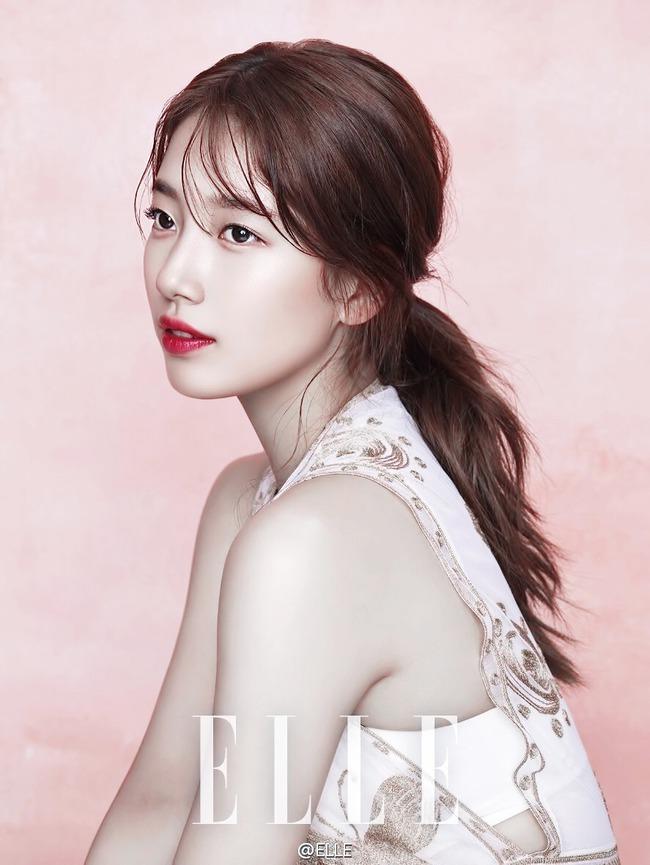 Cuộc chiến nhan sắc giữa Suzy và Seolhyun trên tạp chí: Ai đẹp hút hồn hơn? - Ảnh 4.