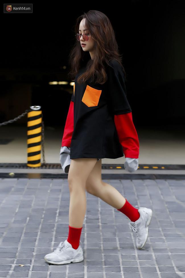 Săm soi ảnh OOTD của hot girl châu Á để nằm lòng 6 xu hướng đinh thu này - Ảnh 15.