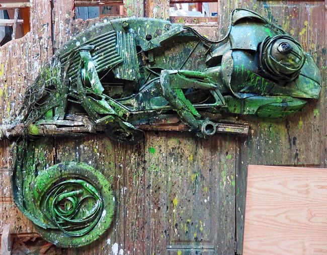 Từ đồ đồng nát sắt vụn, người ta có thể dựng nên các mô hình động vật đầy nghệ thuật - Ảnh 14.