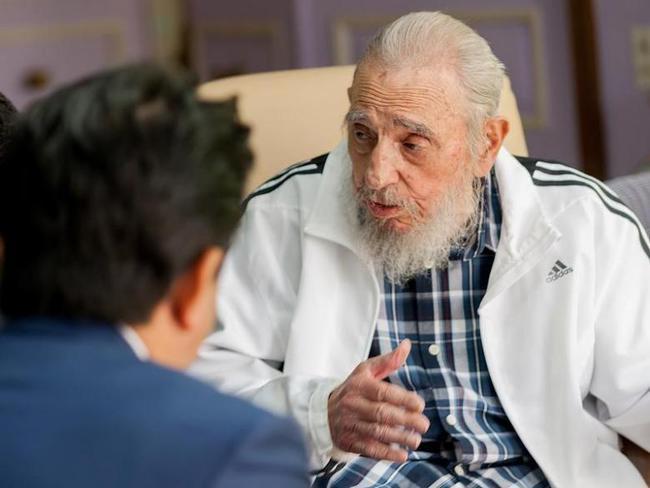 Cựu chủ tịch Cuba Fidel Castro qua đời - Ảnh 1.