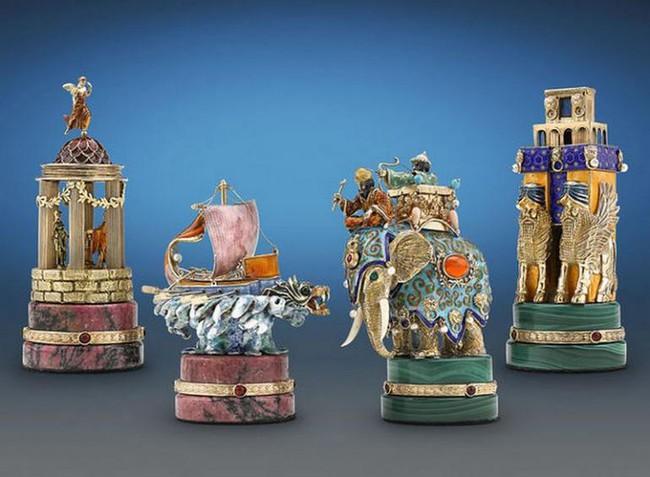 Mục sở thị bàn cờ vua đắt nhất thế giới có giá tận 37 tỷ đồng - Ảnh 6.