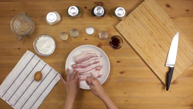 Học người Thái làm thịt chiên nước mắm ăn đưa cơm miễn chê - Ảnh 1.