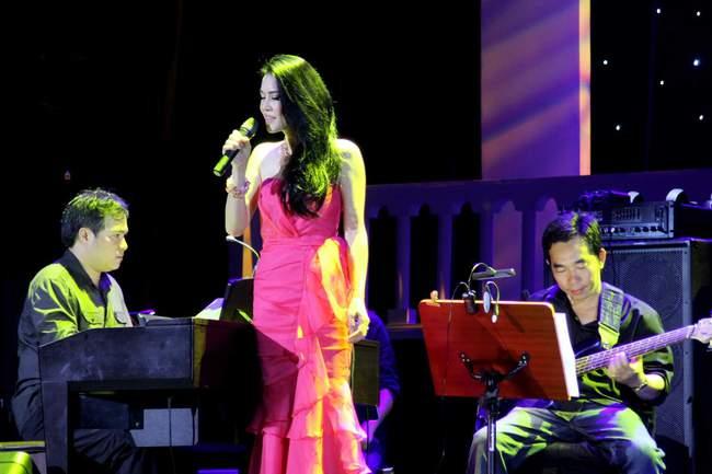 Thu Phương chờ đợi nhiều năm để hát trong liveshow của nhạc sĩ Dòng sông lơ đãng - Ảnh 1.