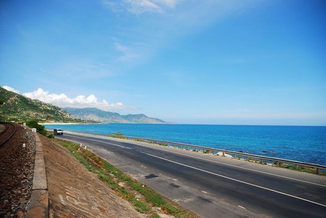 Đến Nha Trang, muốn mới lạ và không gặp cảnh đông kín thì tới 3 nơi này! - Ảnh 26.