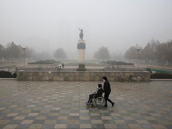Khung cảnh đáng sợ ở 15 thành phố lớn ô nhiễm nhất thế giới - Ảnh 6.