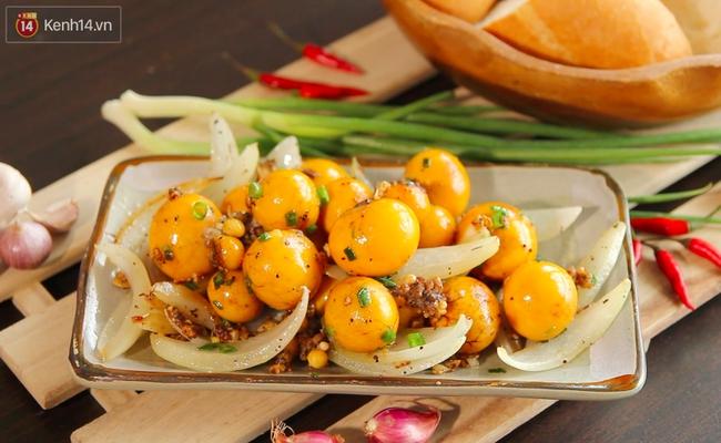 Trứng non cháy tỏi thơm nức cho ai đang đói meo mùa mưa - Ảnh 10.