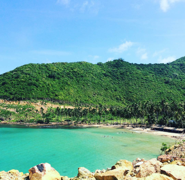 Cần chi đi đâu xa, ở Việt Nam cũng có những vùng biển đẹp không thua gì Maldives! - Ảnh 40.
