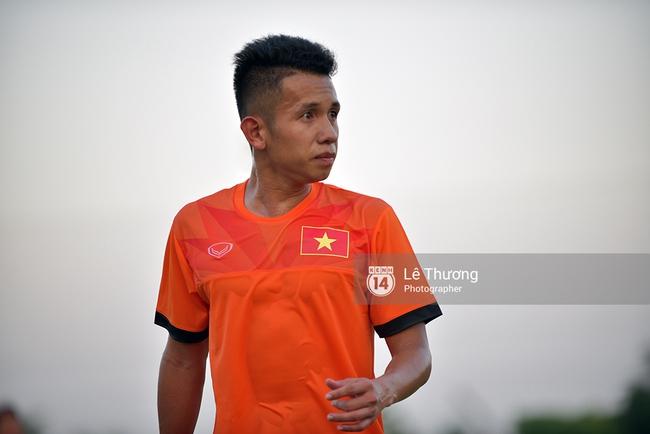 Cầu thủ HAGL bị đuối khi tập cùng các cầu thủ U19 Việt Nam - Ảnh 8.