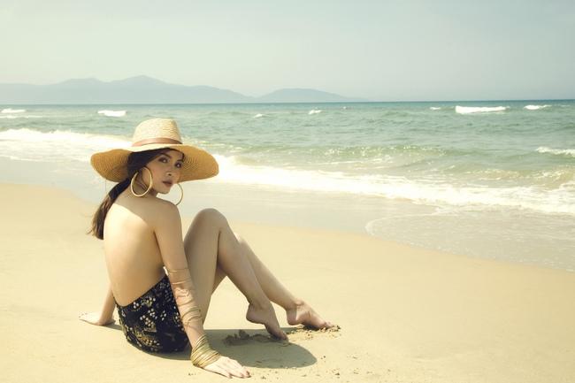 Yến Trang bán nude, Vũ Ngọc Anh đốt mắt với hình thể nóng bỏng - Ảnh 2.