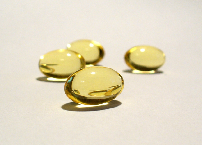 Lí do tại sao bạn luôn nên thủ sẵn một lọ vitamin E trong nhà - Ảnh 3.