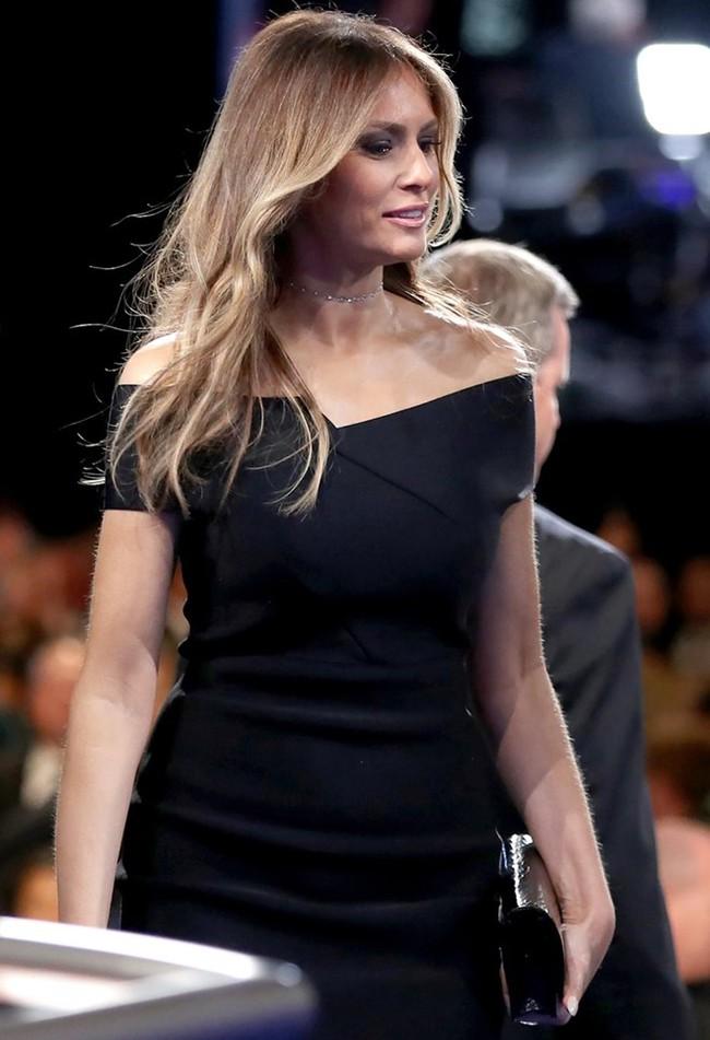 Dính tin đồn bị tẩy chay nhưng loạt đồ hiệu vợ Donald Trump mặc vẫn được bán hết veo trong nháy mắt! - Ảnh 6.