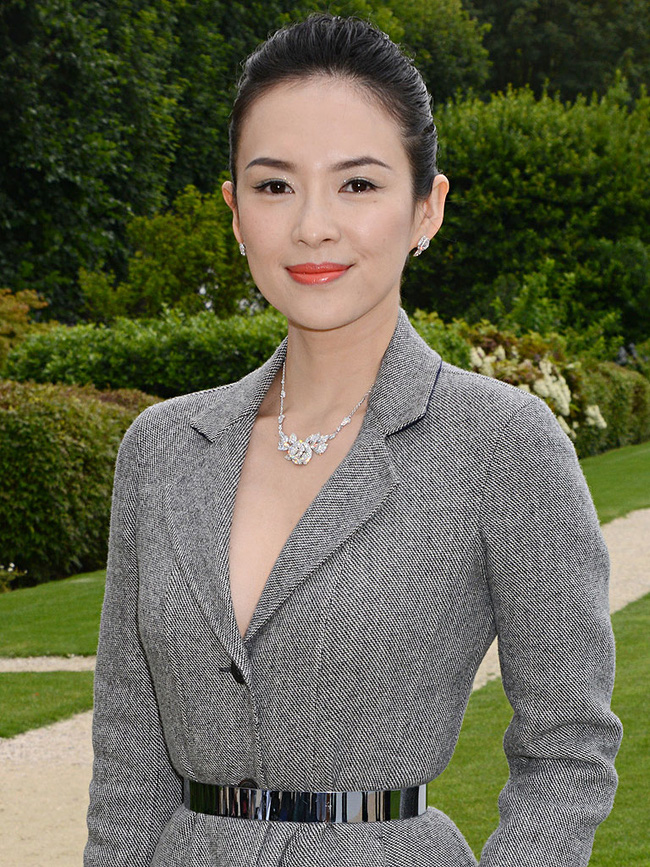 Phạm Hương đại diện Việt Nam lọt Top 50 người phụ nữ đẹp nhất thế giới - Ảnh 3.