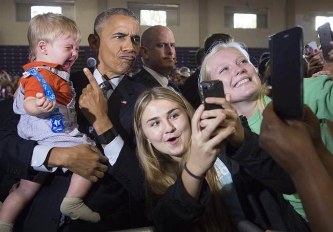Những bức ảnh selfie nổi tiếng nhất năm 2016 - Ảnh 1.
