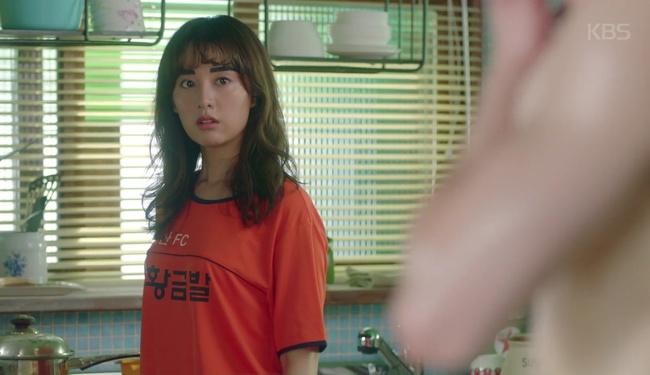 Park Seo Joon cởi trần hát rống, Kim Ji Won đắp lông mày không đỡ nổi! - Ảnh 4.