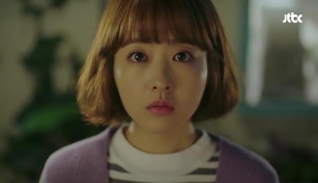 """Đừng xem tập 11 """"Do Bong Soon"""" nếu không muốn ghen lồng lộn với Park Bo Young! - Ảnh 4."""