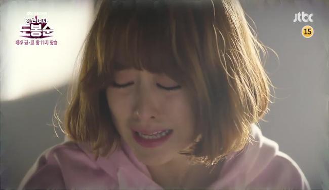 """""""Đú đởn"""" làm anh hùng cứu mĩ nhân, Park Hyung Sik nhận cái kết bất ngờ - Ảnh 6."""