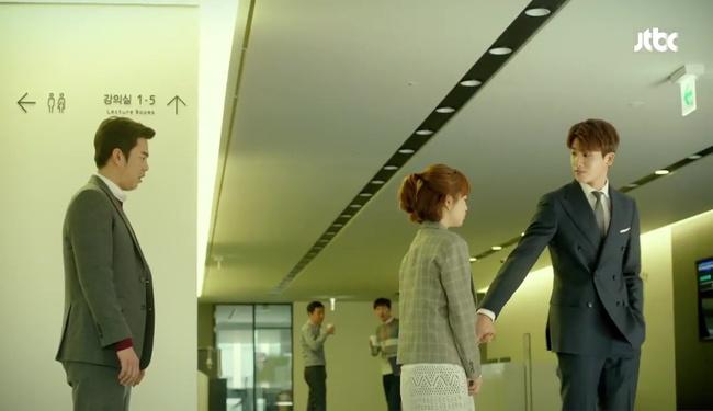 """Đừng xem tập 11 """"Do Bong Soon"""" nếu không muốn ghen lồng lộn với Park Bo Young! - Ảnh 17."""
