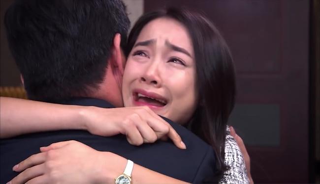 Đóng vai cameo, Nhã Phương khóc đẫm lệ vì bồ già trong phim Hàn - Ảnh 5.