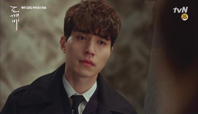 """""""Goblin"""" tập 12 đầy kịch tính: Mọi lá bài quan trọng đều đã được lật, kể cả """"Thần"""" Sung Jae! - Ảnh 16."""