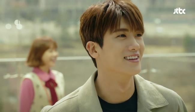 Park Hyung Sik tóe máu vì cứu Park Bo Young mà không biết vừa bị troll? - Ảnh 20.