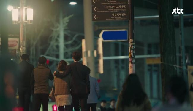 """Đừng xem tập 11 """"Do Bong Soon"""" nếu không muốn ghen lồng lộn với Park Bo Young! - Ảnh 26."""