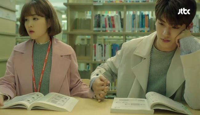 """Đừng xem tập 11 """"Do Bong Soon"""" nếu không muốn ghen lồng lộn với Park Bo Young! - Ảnh 29."""