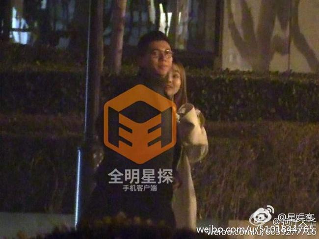 Lại thêm một nam ca sĩ nổi tiếng bị Phong Hành tung bằng chứng ngoại tình với gái trẻ