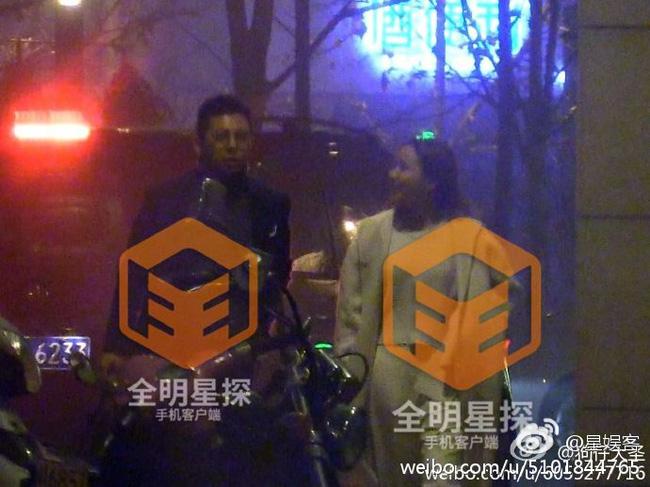 Lại thêm một nam ca sĩ nổi tiếng bị Phong Hành tung bằng chứng ngoại tình với gái trẻ - Ảnh minh hoạ 2