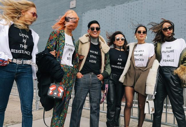 Chiêm ngưỡng đặc sản street style không đâu đẹp bằng của Tuần lễ thời trang New York - Ảnh 1.