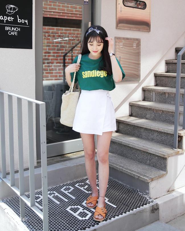 12 công thức diện shorts vải mùa hè xinh ơi là xinh lại mát rượi cho các cô nàng học theo - Ảnh 3.