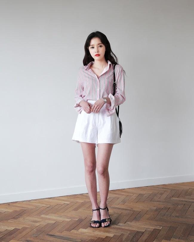 12 công thức diện shorts vải mùa hè xinh ơi là xinh lại mát rượi cho các cô nàng học theo - Ảnh 7.