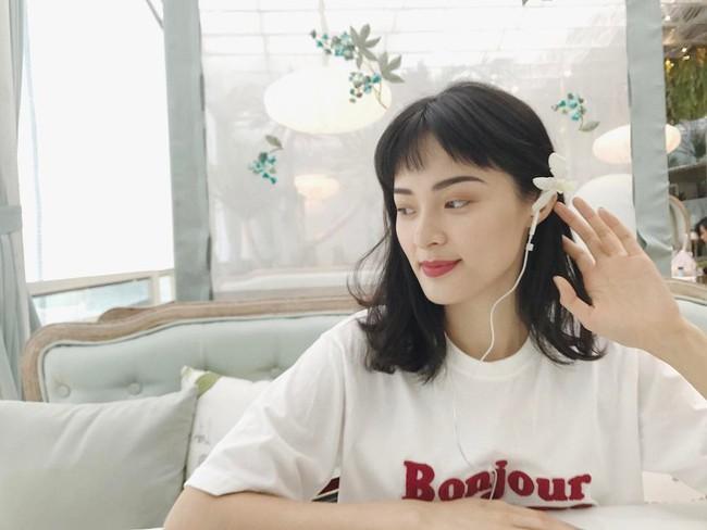 Tưởng đã hạ nhiệt, mốt tóc mái Maruko ngắn cũn lại đang thu phục hàng loạt sao và hot girl Việt - Ảnh 8.