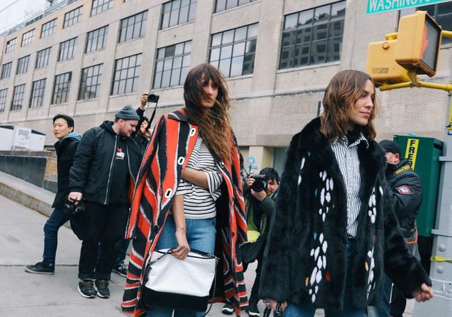 Chiêm ngưỡng đặc sản street style không đâu đẹp bằng của Tuần lễ thời trang New York - Ảnh 12.